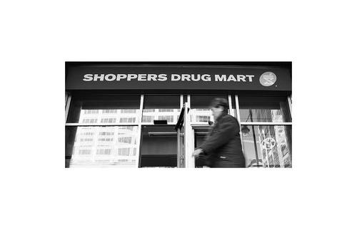 Shoppers_Drug_Mart.jpg